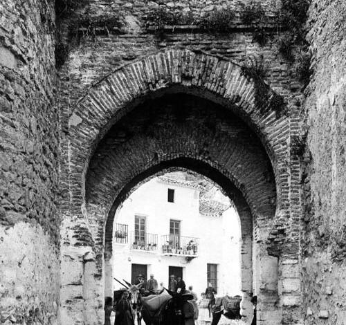 Puerta Amocabar