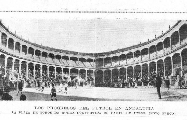 futbol en la plaza de toros de Ronda
