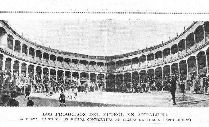 Plaza de toros convertida en Campo de Futbol